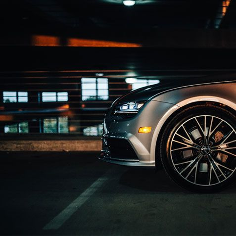 Audi A7 front-end from the side